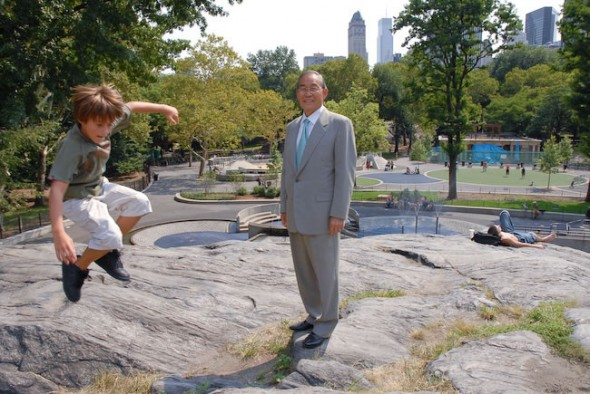 Boy jumps into limelight with Japanese Ambassador Motoatsu Sakurai, Central Park, New York, 2007