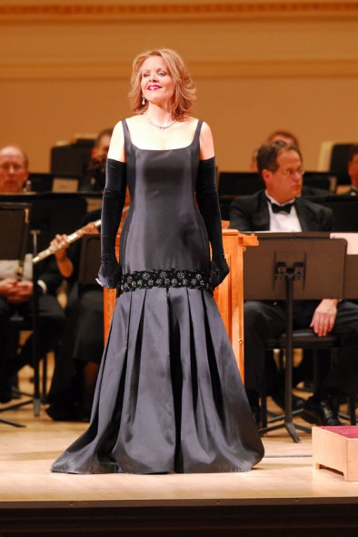 Renée Fleming; Orchestra of St. Luke's; Christmas Concert; Carnegie Hall; 2006