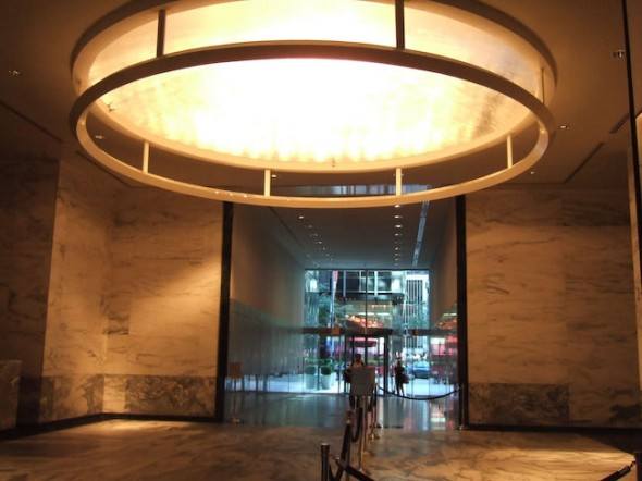 Walk-through passage, midtown building, New York, 2008