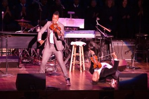 Damien & Tourie Escobar, Nuttin' But Strings, Kennedy Center, DC, 2009