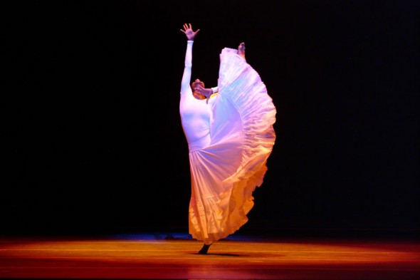 Alvin Ailey, CRY, Dwana Adiaha Smallwood, City Center, New York, 2005
