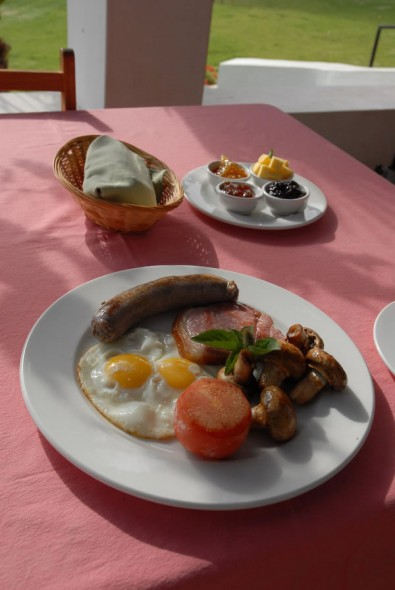 Traditional breakfast, eggs, bacon, sausage, mushrooms, Die Stal, South Africa