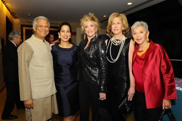 Dr Muhammad Yunus, Monica Yunus, Jane Fonda, Eva Haller at Gala